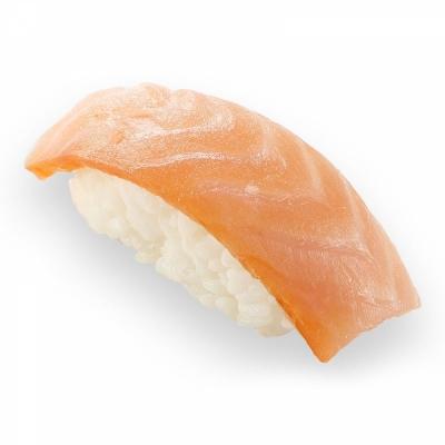 Суши с копченным лососем